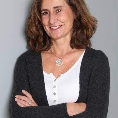 Birgit Lenarz Heilpraktikerin Yogatherapeutin Dozentin
